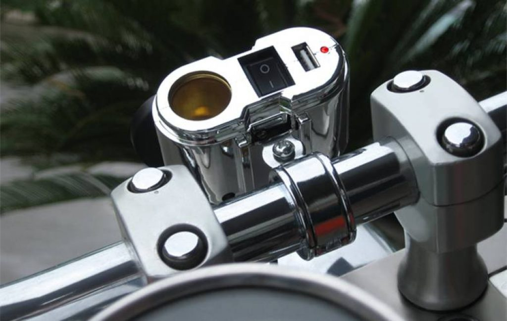 usb motocycle charger installed on the motorbike handle bars