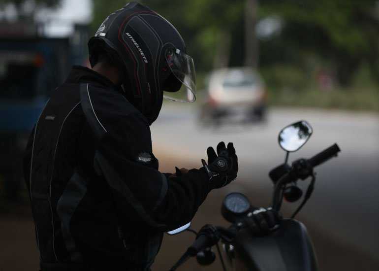 image of a person puting gloves